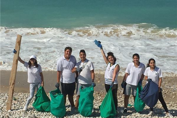 Cleaner beach...Cleaner country...Cleaner world